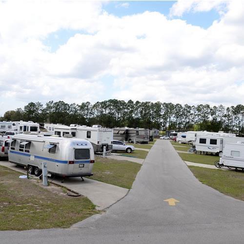 Encore Lake Magic Rv Resort Clermont Florida Us